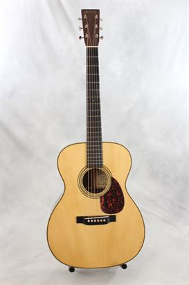 Martin (used, 2005) OM-28 Marquis Acoustic Guitar