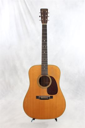 Martin (used, 1951) D28 Acoustic Guitar