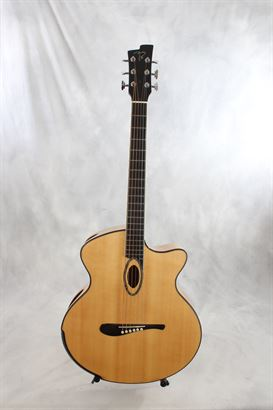 Beardsell (used, 2001) 4A Acoustic Small Jumbo Guitar