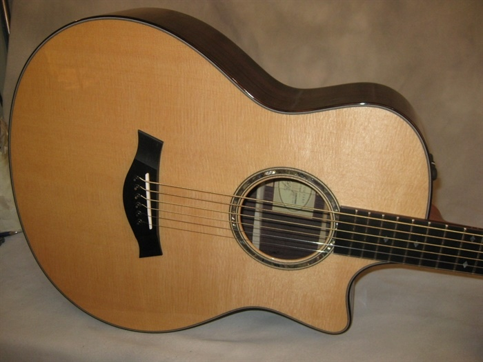 Photos of Taylor (new) GT6 Baritone Acoustic Guitar