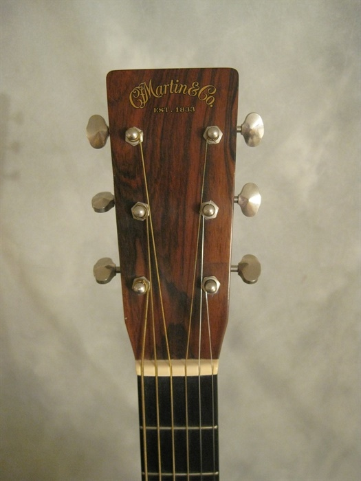 Martin Used 2000 D 28 Golden Era Ge Mandolin