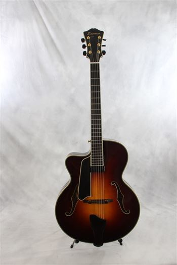 Eastman Strings (used, 2008) AR805ce Archtop LEFTY in Sunburst