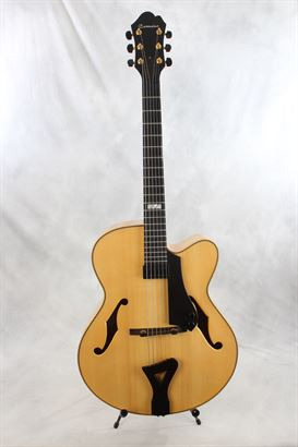 "Comins (used, 2000) 17"" Concert Archtop Acoustic Electric"