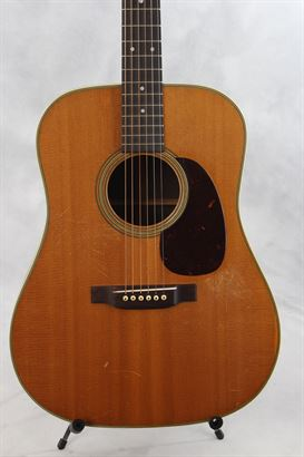 Martin (used, 1950) D-28 Acoustic Guitar
