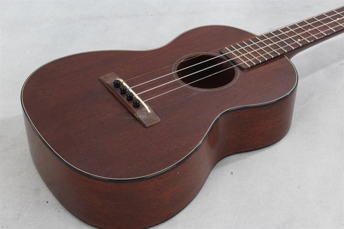 martin used 1960 style 1 tenor uke mandolin brothers ltd. Black Bedroom Furniture Sets. Home Design Ideas