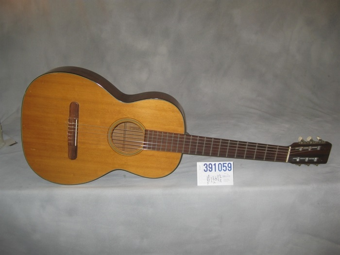martin used 1968 00 18c classical guitar mandolin brothers ltd. Black Bedroom Furniture Sets. Home Design Ideas